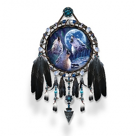 Dreamcatcher Collector Plate: Wolf Songs