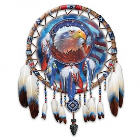 Spirit Of Freedom Native American-Style Dreamcatcher Wall Decor