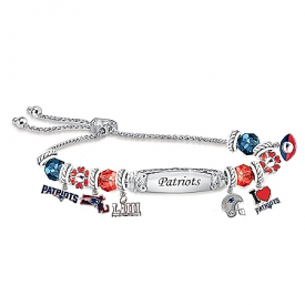 Go New England Patriots! Women's Personalized Charm Bracelet