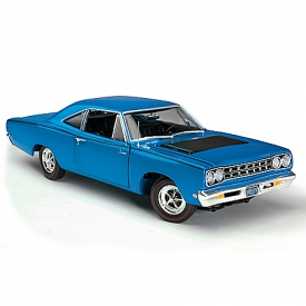 American Muscle 1:18-Scale 1968 Plymouth Road Runner Diecast Car