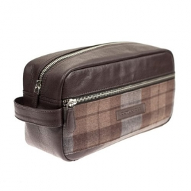 Outlander Highland Wash Bag