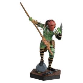 Alien and Predator Homeworld Predator Figure from Predator with Collector Magazine #26