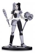 Batman Black & White Statue Harley by Amanda Conner